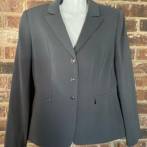 Tahari ASL grey pantsuit Size 8P